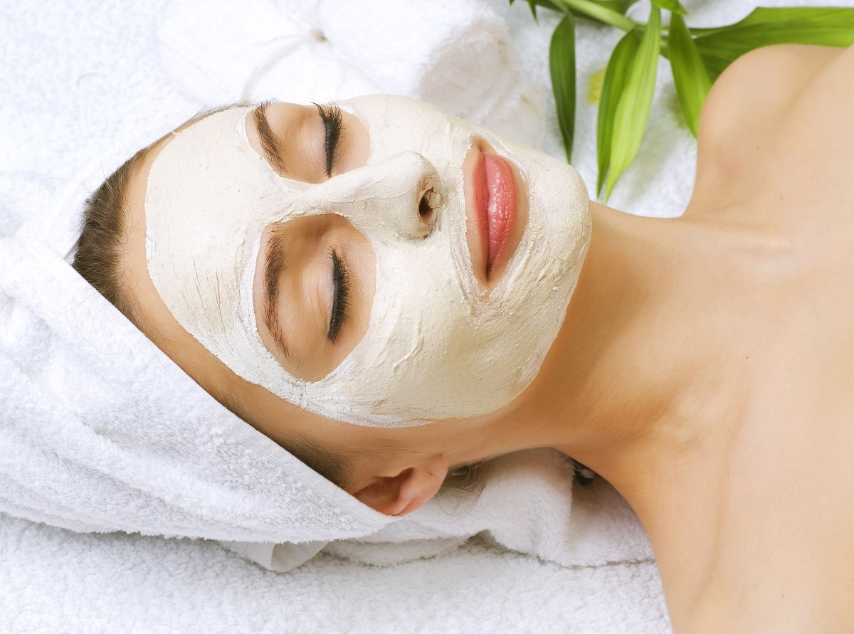 2 homemade anti acne facial masks faceline how do they work solutioingenieria Choice Image